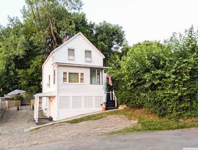 Hudson NY Single Family Home For Sale: $279,000