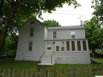 Claverack NY Single Family Home For Sale: $179,900
