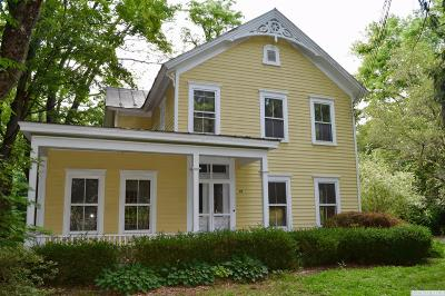 Red Hook Single Family Home For Sale: 95 Old Post Road North
