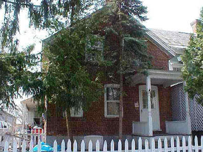 Glens Falls Single Family Home For Sale: 31 May