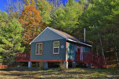 Single Family Home Sold: 1324 East Schroon River Road