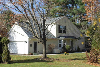Single Family Home Sold: 23 Cedar Ct