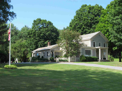 Saratoga County Single Family Home For Sale: 727 Lake Ave/Nys 29