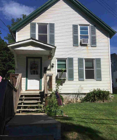 Essex County Single Family Home For Sale: 37 Schuyler St