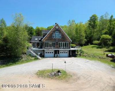 Benson, Broadalbin, Day, Edinburg, Hadley, Hope, Mayfield, Mayfield Tov, Northampton Tov, Northville, Providence Single Family Home For Sale: 292 Eddy Road