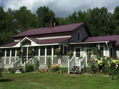 Johnsburg Single Family Home For Sale: 1588 S South Johnsburg Rd