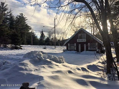 Johnsburg Single Family Home For Sale: 899 Peaceful Valley Rd Road