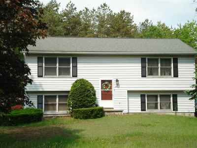 Queensbury Single Family Home For Sale: 41 Stephanie Lane