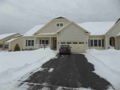 Queensbury, Fort Ann Single Family Home For Sale: 43 Beekman Place