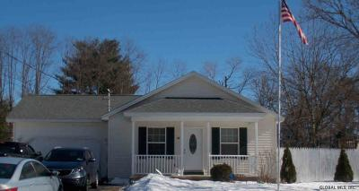 Queensbury Single Family Home For Sale: 42 Howard Street
