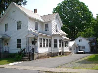 Albany, Amsterdam, Cohoes, Glens Falls, Gloversville, Hudson, Johnstown, Mechanicville, Rensselaer, Saratoga Springs, Schenectady, Troy, Watervliet Multi Family Home For Sale: 11 Traver Street