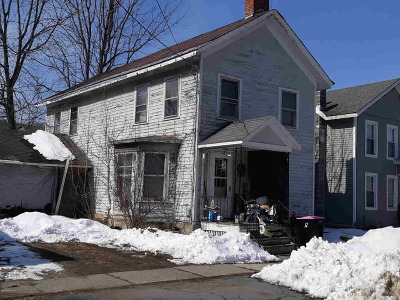Salem Single Family Home For Sale: 13 Williams St