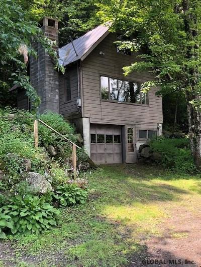 Ticonderoga Single Family Home For Sale: 2226 Nys Route 74