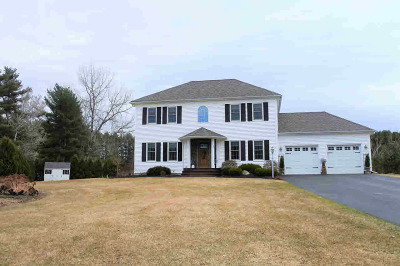 Queensbury, Fort Ann Single Family Home For Sale: 19 Western Reserve Trail