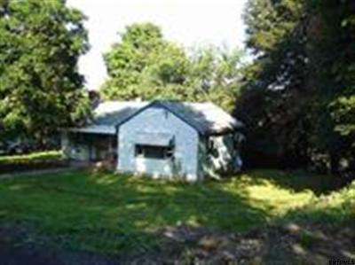Rensselaer County Single Family Home Back On Market: 8 Hughes Av