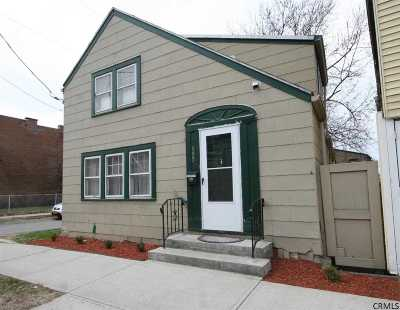 Single Family Home Sold: 895 River St