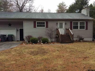 Single Family Home Sold: 25 Putnam Rd