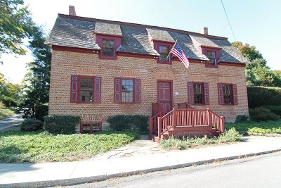 Columbia County Single Family Home For Sale: 26 William St