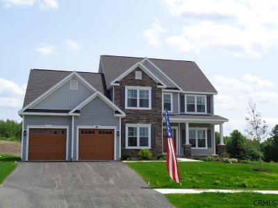 Niskayuna Single Family Home For Sale: 2204 Rosendale Rd