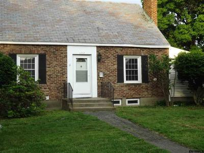 Niskayuna NY Single Family Home Closed (Final Sale): $125,000