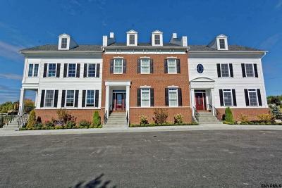 Colonie Single Family Home For Sale: 9 Sudbury Sq