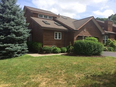 Single Family Home Sold: 6 Tracey Ct