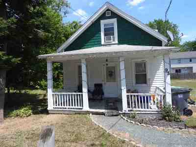 Troy Single Family Home For Sale: 93 Oneida Av