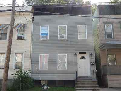 Single Family Home Sold: 256 Ontario St