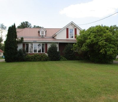 Essex County Single Family Home For Sale: 6659 Main St