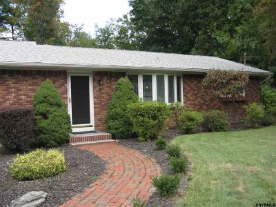 Voorheesville NY Single Family Home Closed (Final Sale): $212,000