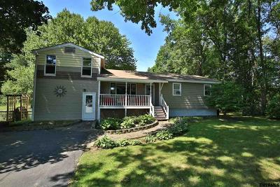 Saratoga Springs Single Family Home For Sale: 13 Jordan Dr South