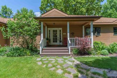 Single Family Home Closed (Final Sale): 5 Hunter Hill Rd