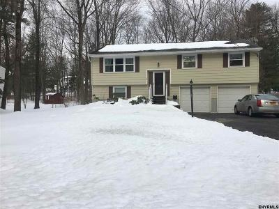 Halfmoon NY Single Family Home Closed (Final Sale): $234,000