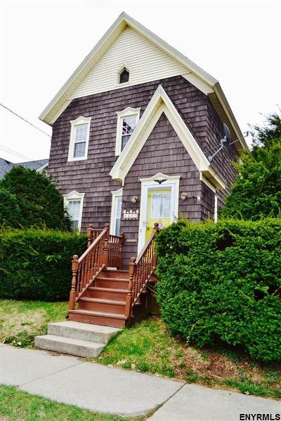 Amsterdam NY Single Family Home For Sale: $117,000