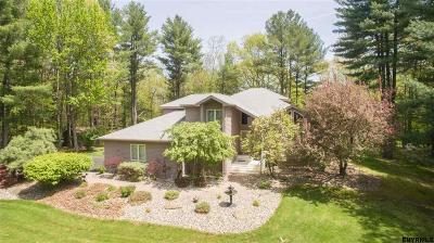 East Greenbush Single Family Home For Sale: 9 Spruce Run