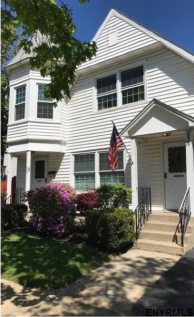 Saratoga Springs Single Family Home For Sale: 159 Lake Av