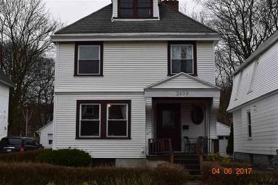 Watervliet Single Family Home For Sale: 2409 11th Av