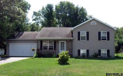 South Glens Falls NY Single Family Home For Sale: $199,900