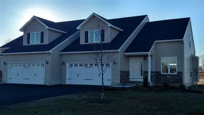 Halfmoon Single Family Home For Sale: Tap In La