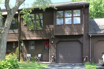 Guilderland Single Family Home For Sale: 234 Woodscape Dr