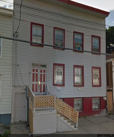 Albany Multi Family Home For Sale: 366 Elk St