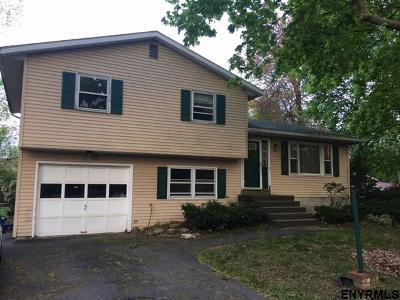 Niskayuna Single Family Home For Sale: 216 Fillmore Av