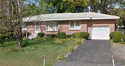 Colonie Single Family Home For Sale: 124 Everett Rd