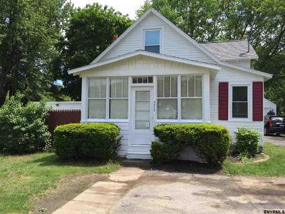Guilderland Single Family Home For Sale: 3417 Carman Rd