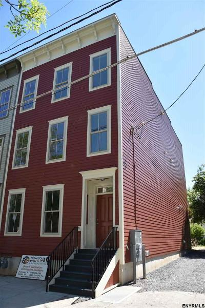 Albany Two Family Home For Sale: 128 Jefferson St