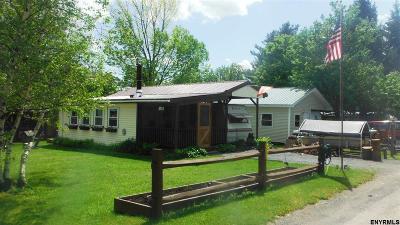 Berne Single Family Home For Sale: 783 Woodstock Rd