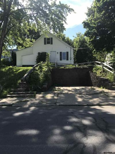Schenectady Single Family Home For Sale: 2012 Avenue A