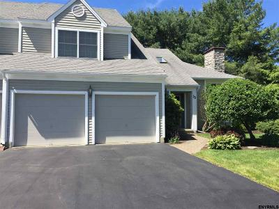 Guilderland Single Family Home For Sale: 15 Chesterfield Dr