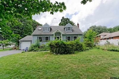 Guilderland Single Family Home For Sale: 4 Toll La