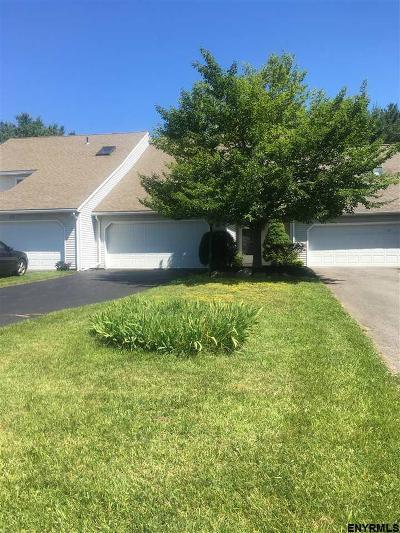 Niskayuna Single Family Home For Sale: 15 Carrie Ct